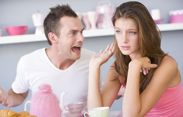 Voyant en direct pour résoudre un conflit en couple