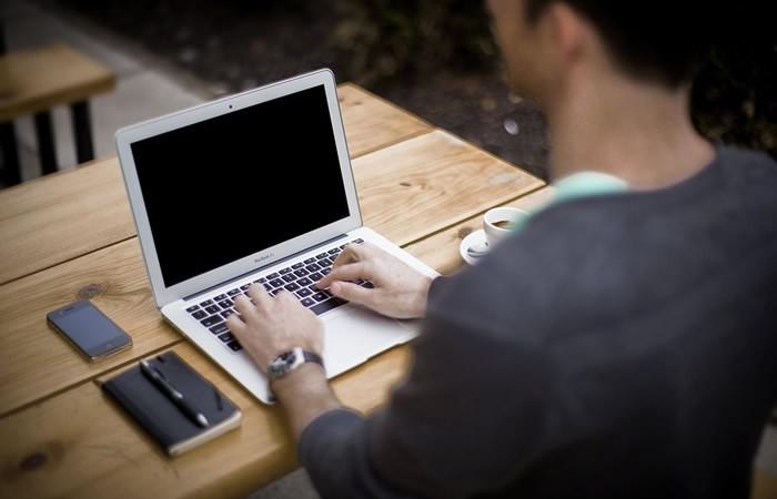 Voyant par email pour connaitre votre évolution travail