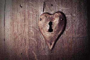 qui m'aime ans le secret voyance de l'amour caché